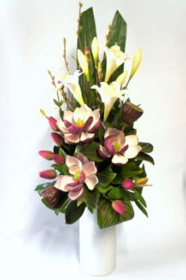 db_Flower_Illusions_november_lillies__tulips_and_magnolia