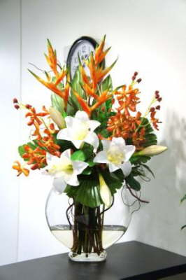 db_Flower_Illusions_orange_orchids_with_white_lilies