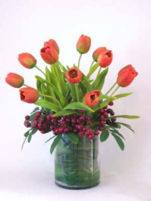 db_flower_illusions_orange_tulips_and_red_berries
