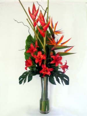 db_orange_crab_claw__lillys_and_bird_of_paradise-1